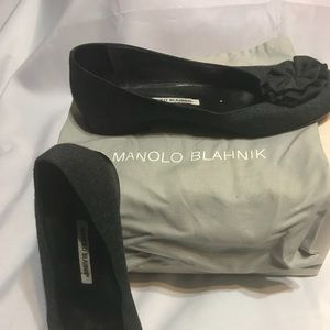 Manolo Blahnik Grey Wool Flat with Rose shape bow